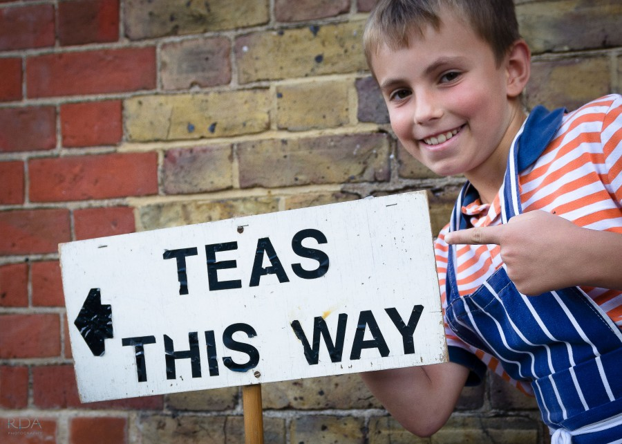 This way for Sunday teas