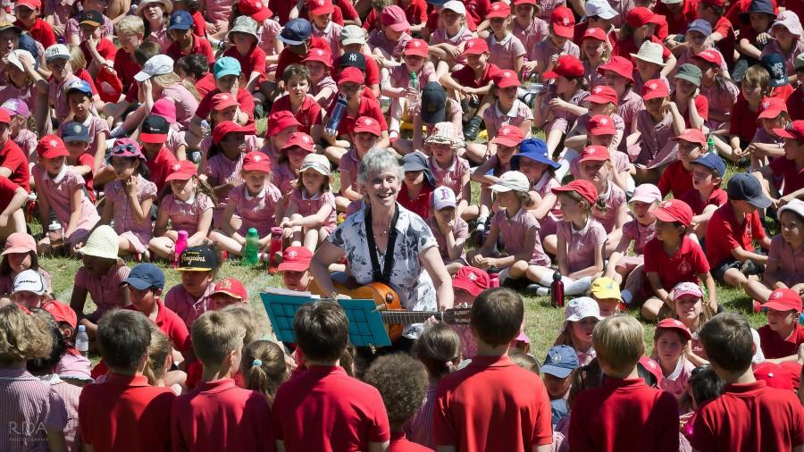 The Queen's C of E Primary School