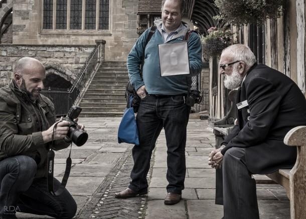 Glyn Dewis takes a portrait