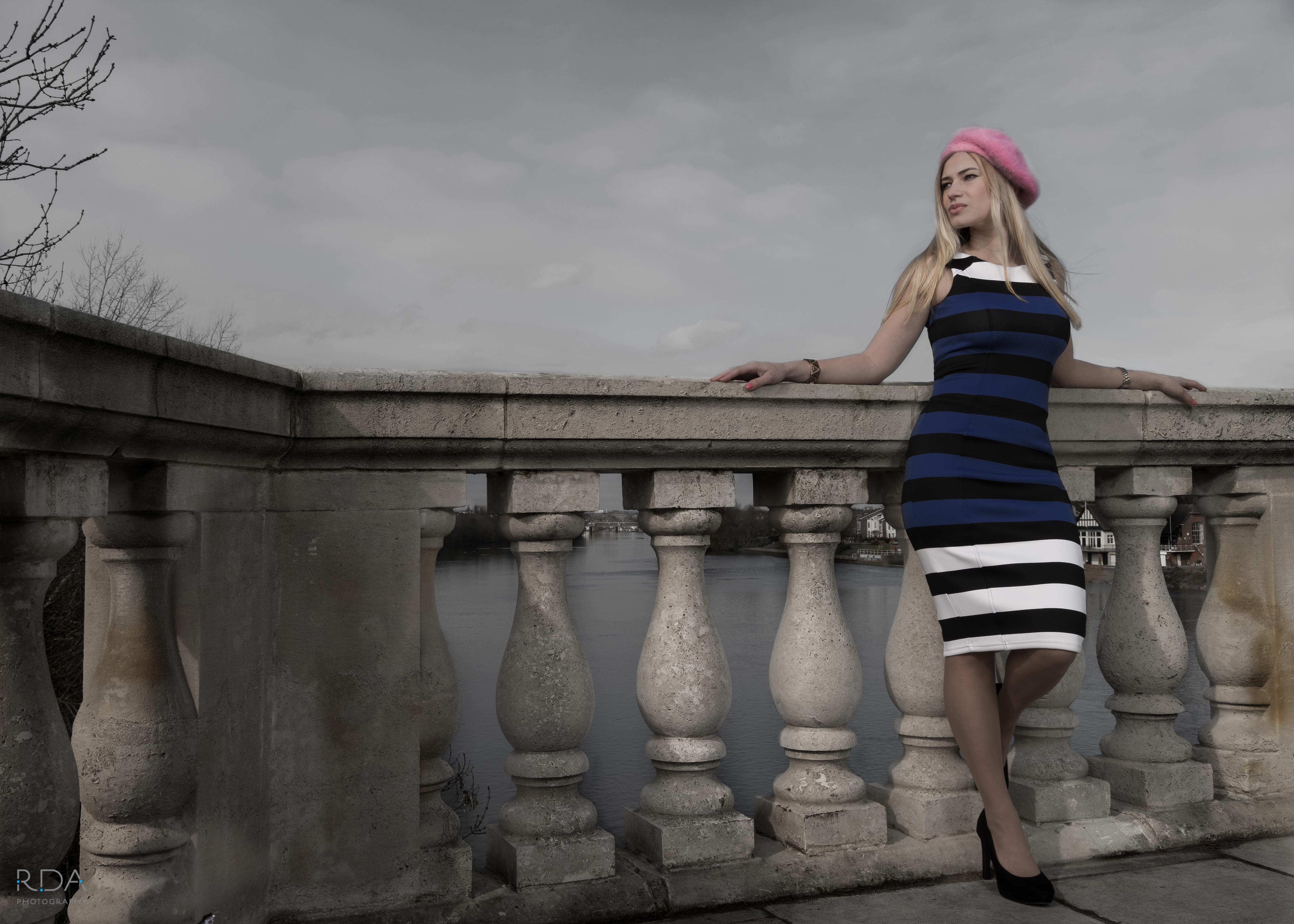 Model shoot on Chiswick Bridge with RDA PHOTOGRAPHY